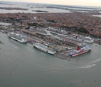 Panoramica del terminal passeggeri allla Marittima