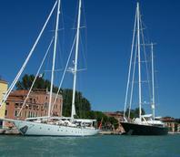 Barche a vela in Riva Sette Martiri