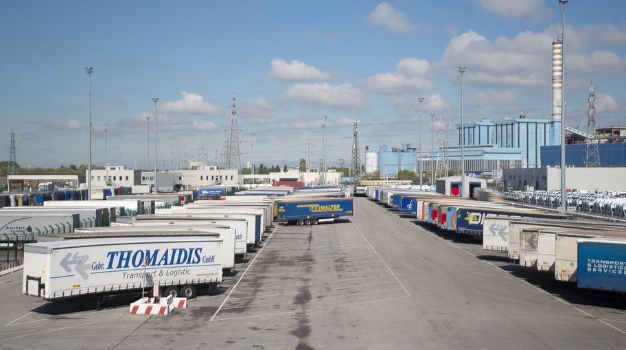 Piazzale del Terminal delle Autostrade del Mare