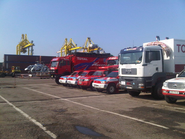 I mezzi pronti per l'imbarco