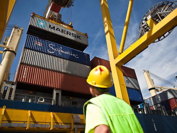 immagine di operatività portuale