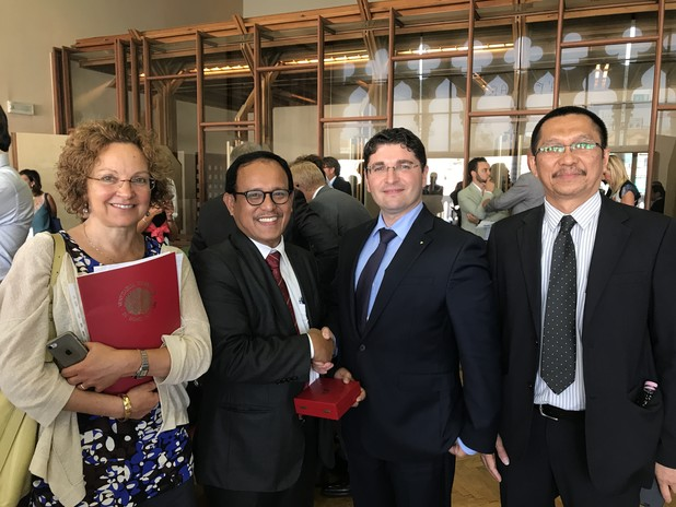 Sinabutar, Trade Attache of the Embassy of Indonesia in Italy, with Musolino and