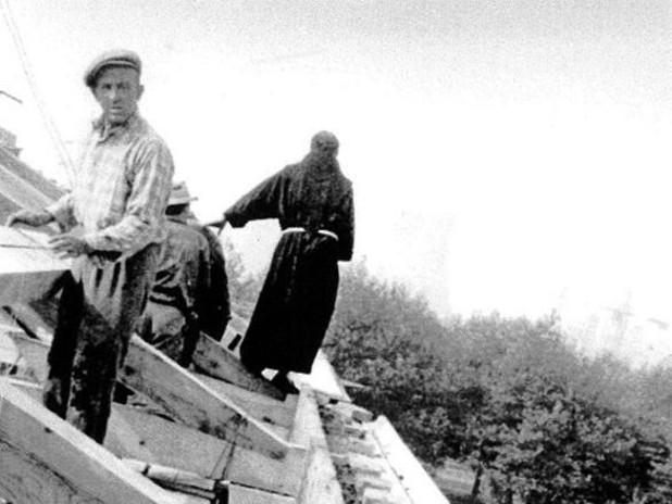 1957 - Costruzione del Tempio-Sacrario