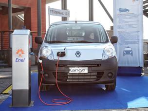 Una macchina elettrica per il Porto di Venezia