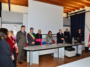 La cerimonia di consegna delle borse di studio da parte della Fondazione Opera S