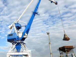 Crane renovated port of Bratislava